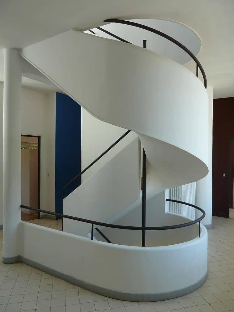 וילה סבואה, לה קורבוזייה, מדרגות