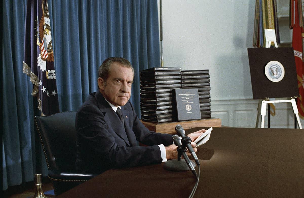 ניקסון, ווטרגייט, אמת, עיתונאים