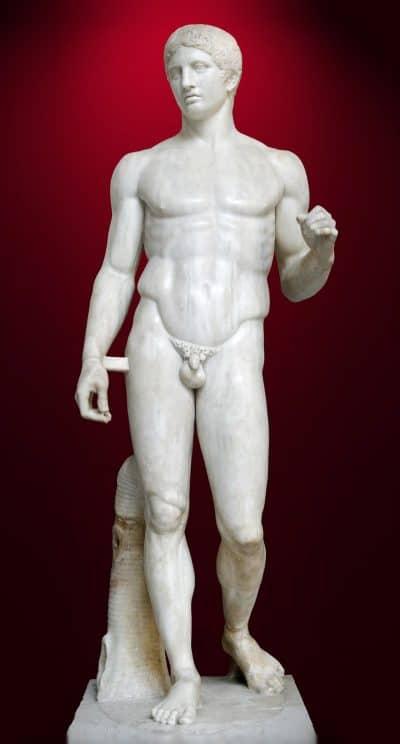 נושא הרומח, פסל, יווני
