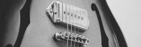 גיטרה חשמלית, מיתרים