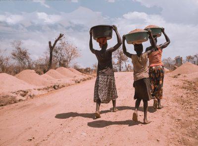 אפריקה, יובש, נשים