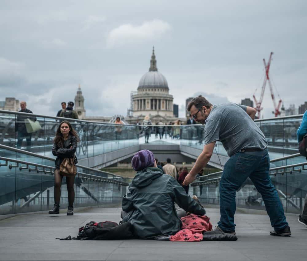 לונדון, חסר בית, עזרה