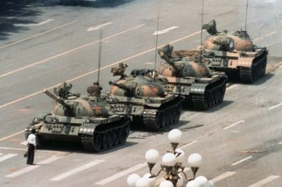 איש הטנק, כיכר טיאנאנמן, סין, מחאה