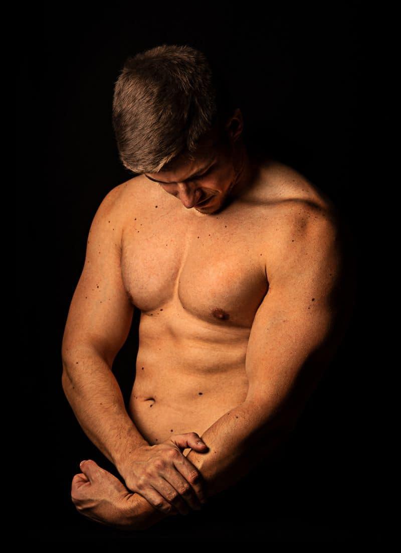 גבר צעיר, שרירים