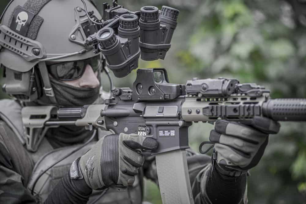 חייל, נשק, רובה, כוונת, קסדה