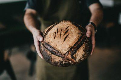 לחם, אופה