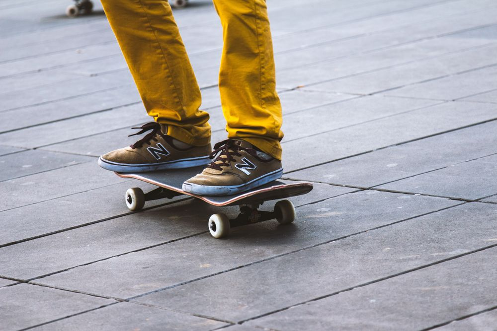 סקייטבורד, נעלי התעמלות