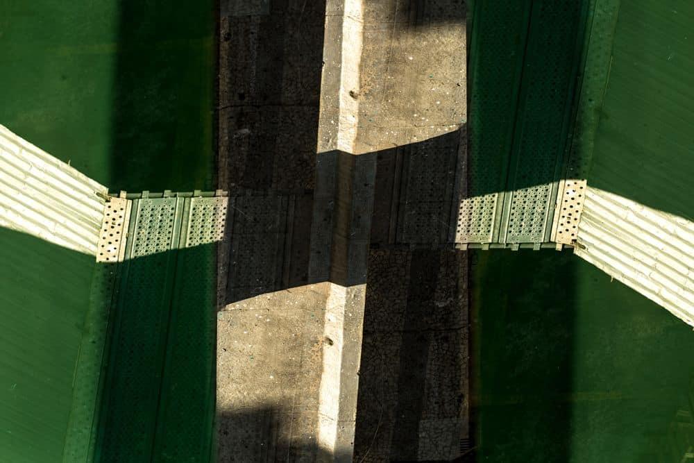 בניין, כאוס, ירוק
