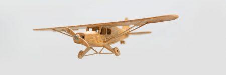 מטוס מעץ, מטוס צעצוע