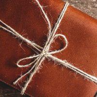 ספר, מתנה, חבילה קשורה