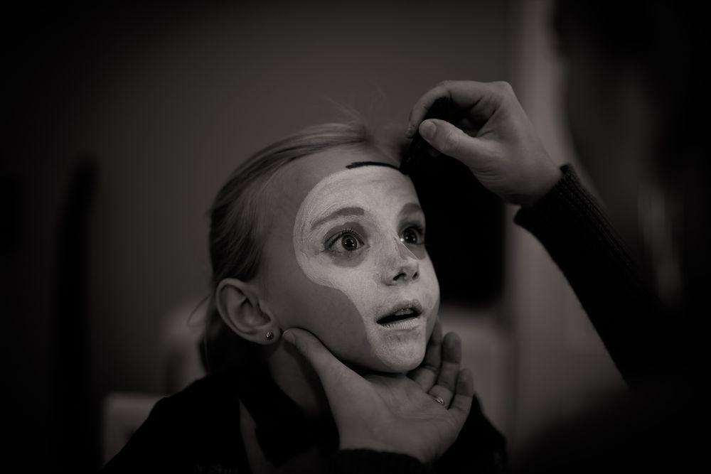 ילדה, איפור, תאטרון