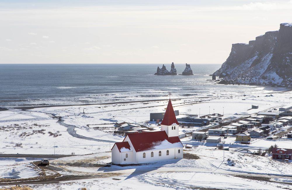 איסלנד, ויק, כפר, כנסייה