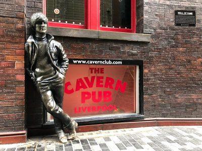 ג'ון לנון, פסל, ליברפול