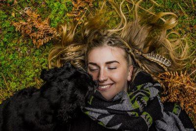 בחורה, צעירה, שיער, כלב, עונג