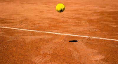 כדור טניס, מגרש חימר