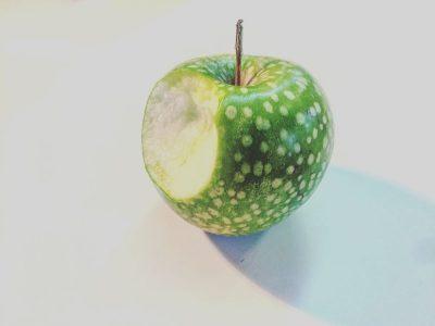 תפוח ירוק, נגיסה