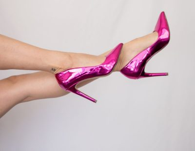 עקבים, נעלי עקב, רגלי אישה