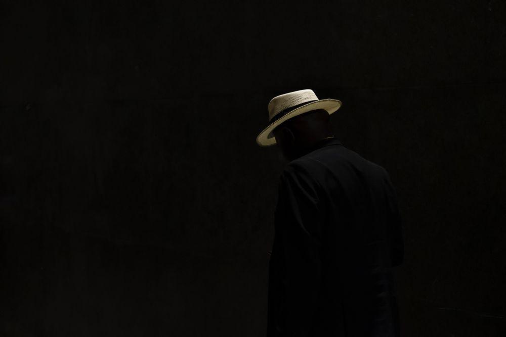 כובע, צללית
