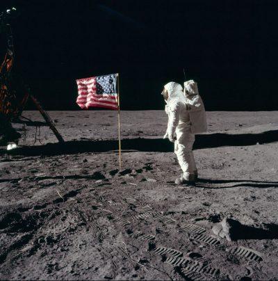 אפולו 11, ירח, נחיתה על הירח, באז אולדרין