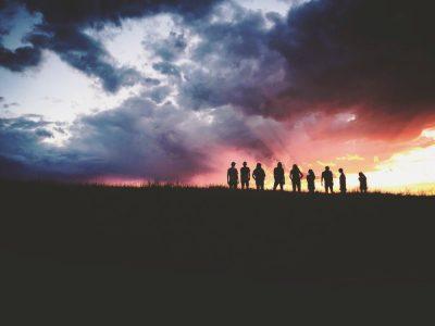 חבורה, ביחד, אופק, סערה, עננים