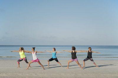 יוגה, קבוצה, שיעור, חוף הים