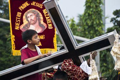 ישו השחור, פיליפינים, קתולים, פולחן