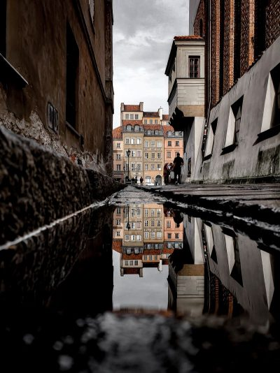 ורשה, שלולית, השתקפות