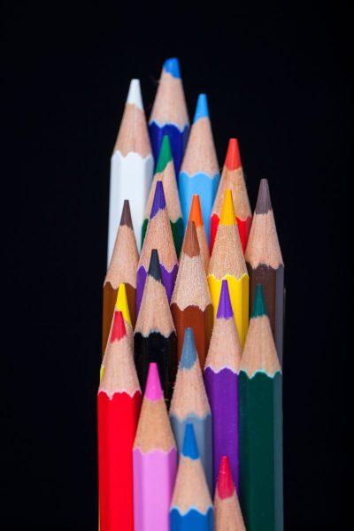 עפרונות, עפרונות צבעוניים