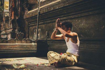 באלי, תפילה, גבר, מקדש, פרחים