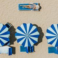 חוף רחצה, כסאות נוח