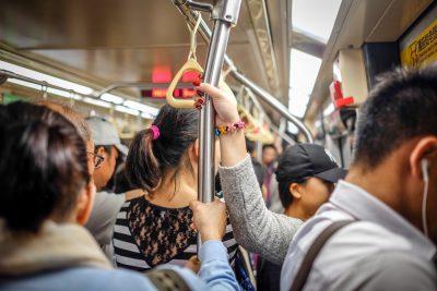 רכבת תחתית, נוסעים, צפיפות