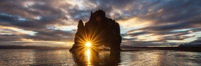 אור, סלע, ים, שמיים, עננים