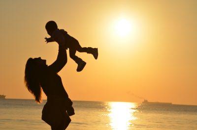אמון, אמא, ילד, שקיעה