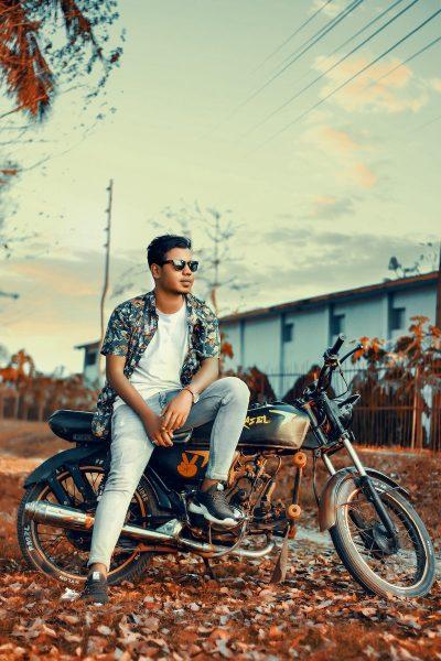 בחור, בנגלדשי, אופנוע