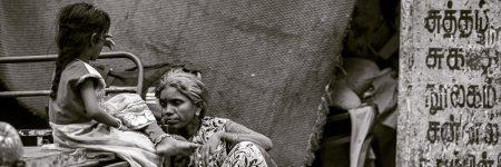 להציל את אמא או את הרעבים בהודו?