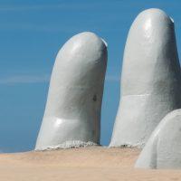 אצבעות בחול, פונטה דל אסטה, אורוגוואי